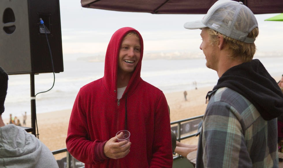 74 2014 Moche Rip Curl Pro Portugal Nat Young and Kolohe Andino Foto ASP Damien Poullenot Aquashot