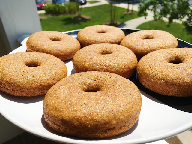 Baked maple cinnamon donuts