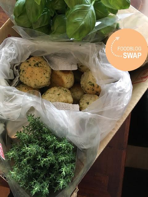 knoflook-peterseliebroodjes voor de foodblogswap