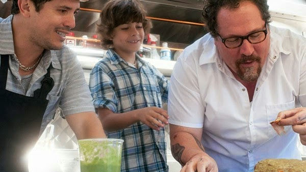Jon Favreau, John Leguizamo, and Emjay Anthony in Chef