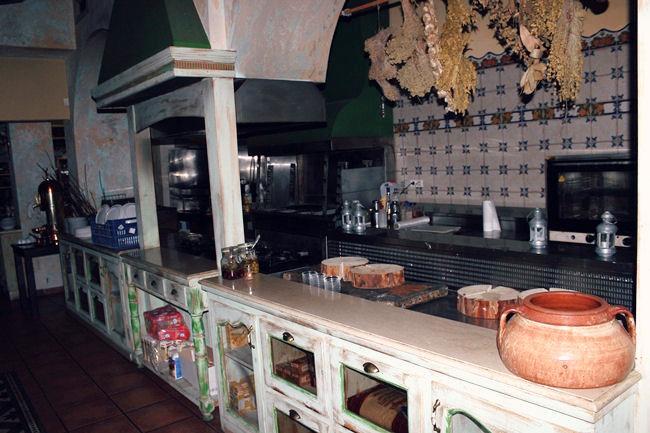 Pyrgos Mantania Εστιατόριο