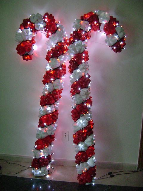 Reciclar, reformar e decorar PET no Natal -> Enfeites De Natal Com Garrafas Pet Passo A Passo