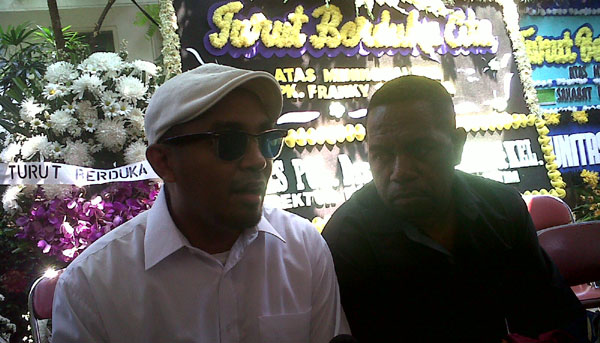 Edo dan Glenn Garap Album Reggae