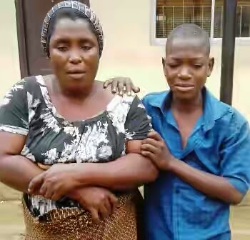 mother arrested fake street begging