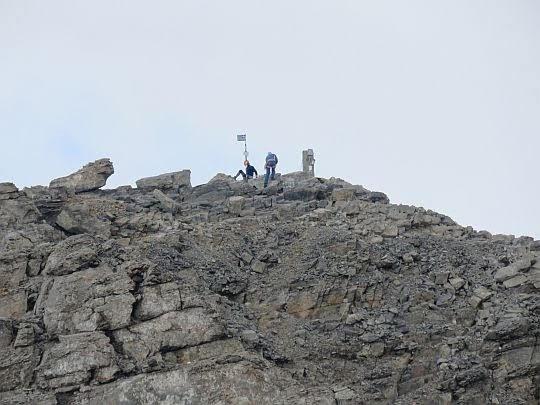 Zbliżenie na szczyt Mitikas.