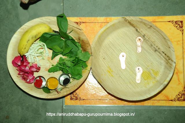 Gurupurnima-Utsav-2017-Shree-Trivikram-Feet-preparation-श्रीत्रिविक्रम पूजन
