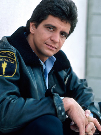 NFL Players Who Became '80s Actors - Rediscover the 80s   337 x 450 jpeg 37kB