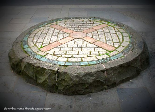 down the wrabbit hole, marti ingram, grassmarket, scotland, edinburgh history