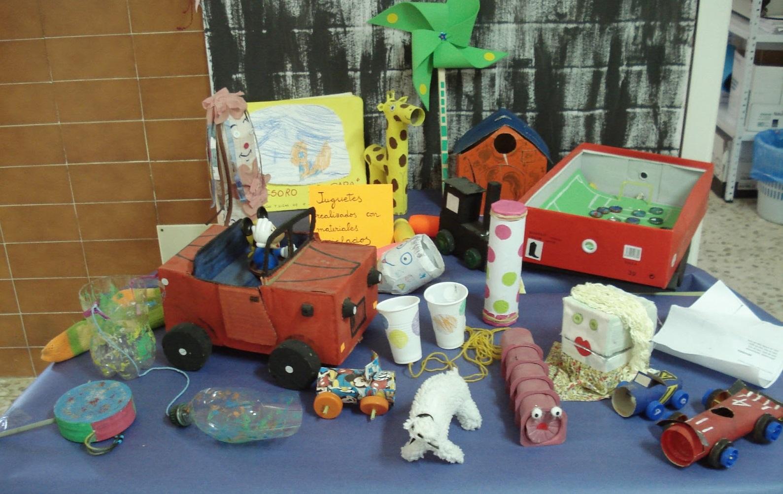Fiesta Del Reciclaje Juegos Y Juguetes Con Material Reciclado