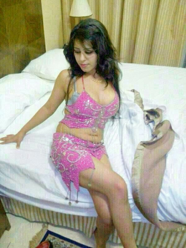 Ekta - Indian Escort In Sharjah +971552244915