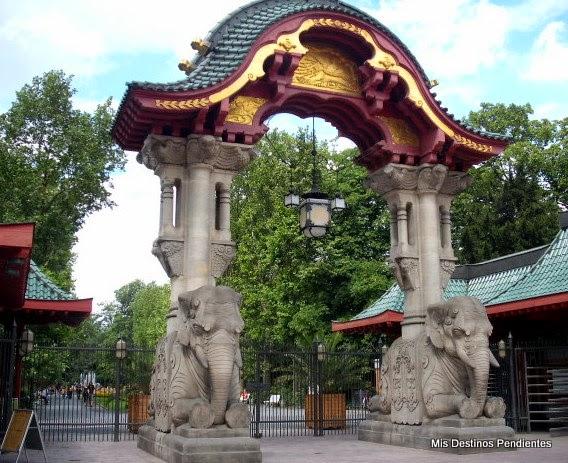 Puerta del Zoo de Berlín (Berlín, Alemania)