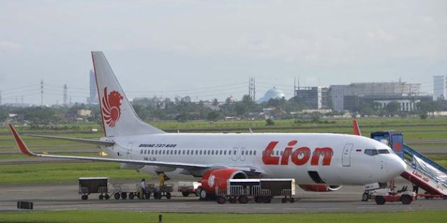 Serpihan pesawat Lion Air dan potongan tubuh ditemukan di perairan Tanjung Karawang