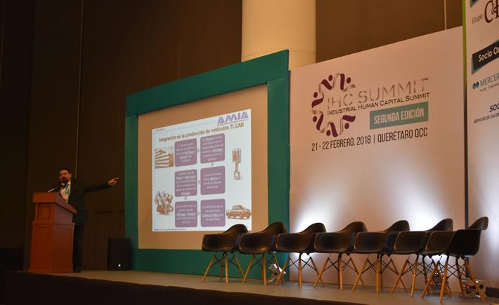 El presidente de la Asociación Mexicana de la Industria Automotriz (AMIA), Eduardo Solís Sánchez participó en el IHC Summit, enfocado a los recursos humanos. (Foto: Vanguardia Industrial)