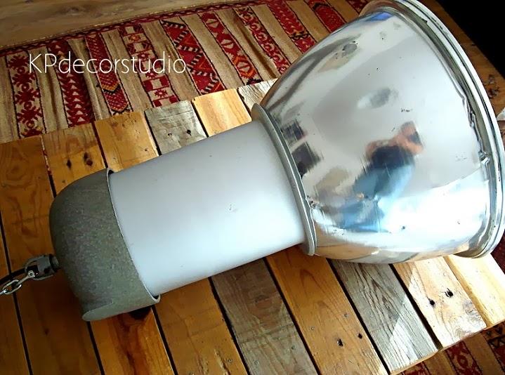 Comprar lámparas estilo industrial online. Decoración tipo loft de revista.