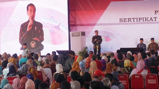 Pesan Jokowi ke Warga: Jangan Termakan Kabar Bohong, Itu Kerjaan Orang Politik