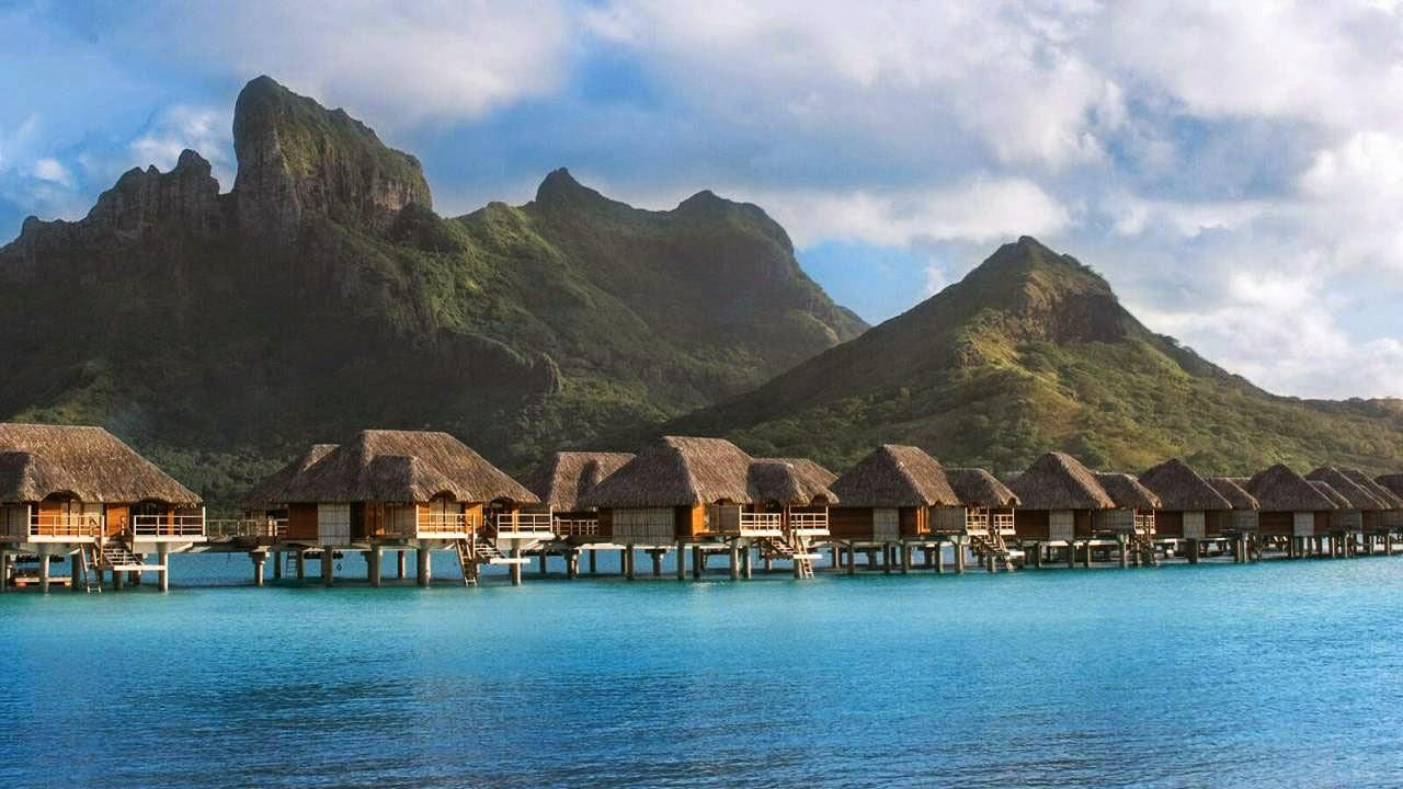 Passion For Luxury : Four Seasons Resort Bora Bora