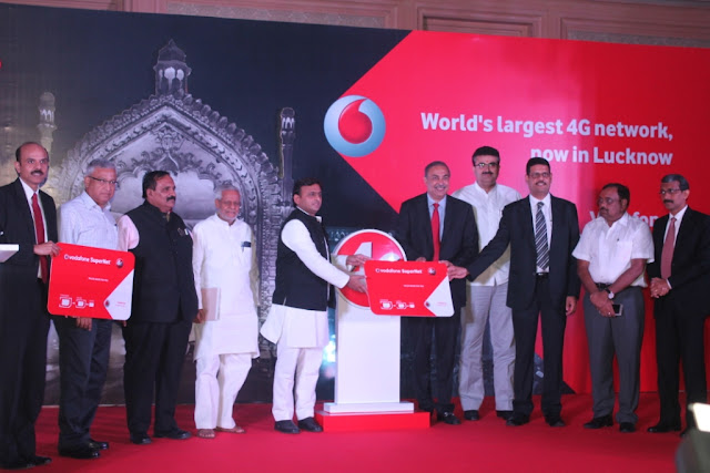 CM Akhilesh Yadav along with Sunil Sood - CEO, Suresh Kumar - Operations Director, Nipun Sharma - Business Head - UP East -  Vodafone, In
