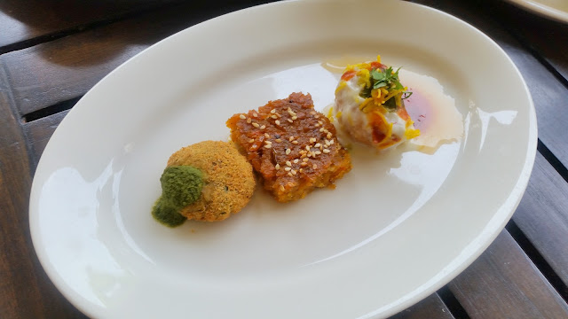 Kalmi Vada, Handvo and Papri Chaat