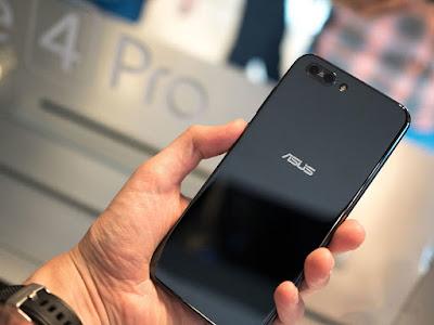 Ấn tượng khi được cầm trên tay ZenFone 4 cao cấp - 203333