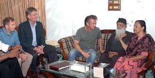 Jumbo Infomedia Blog: Hollywood icon Sean Penn visits shrine and ...
