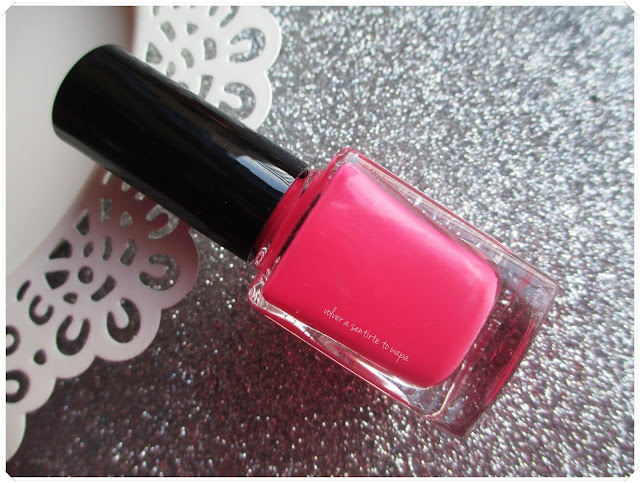Perfect Beauty by Juliette Crowe {pintauñas - review & swatches}