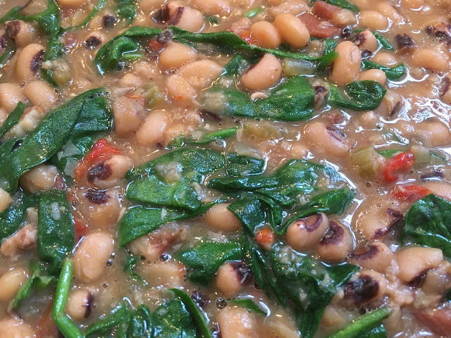 A modern classic Hoppin' John recipe - A Southern New Year's Tradition | The Lowcountry Lady