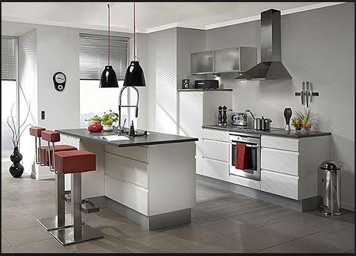 Trang bị đầy đủ hệ thống thiết bị nhà bếp cho phòng bếp gia đình