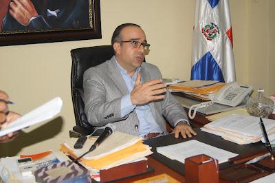 SENADOR DE MARIA TRINIDAD SANCHEZ ACOGE RESOLUCION JUNTA CENTRAL ELECTORAL