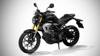 Perbandingan Honda CB150R Dan Yamaha MT-15