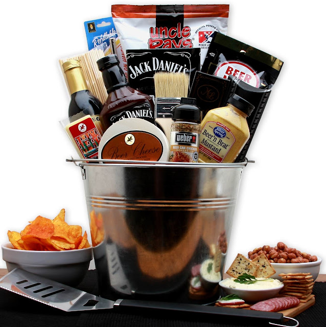 Making Bbq Gift Baskets Gift Ideas From Arttowngifts Blog