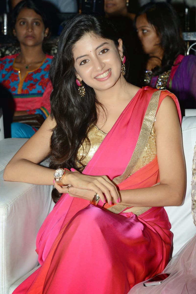Poonam Kaur Age, Height, Date of Birth, Family, Height, Husband