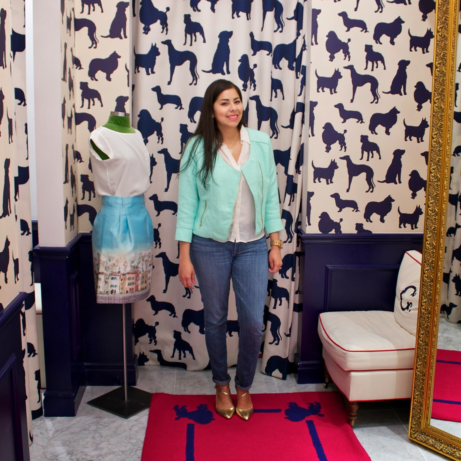 Dog wall paper, c wonder fitting room, san diego style blogger meet up