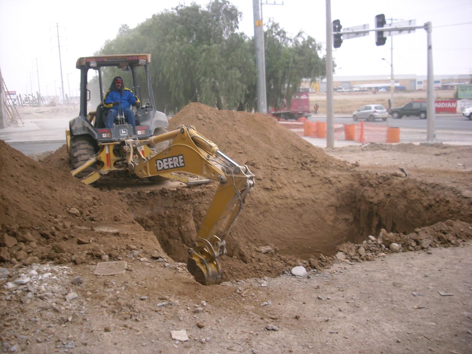 Construccion de aljibe o cisterna de concreto y acero for Cisternas de cemento