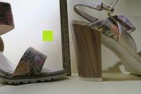 Lineal: Alexis Leroy Blockabsatz Blume gedruckt Damen Offene Sandalen mit Keilabsatz