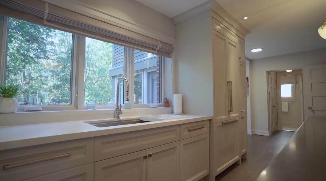 23 Photos vs. 6 Mcclinchy Ave, Toronto Interior Design Luxury Home Tour