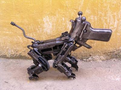 Esculturas con armas