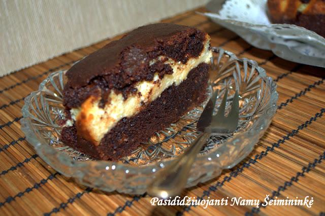 RECEPTAS: Šokoladinis pyragas su varškės sluoksniu