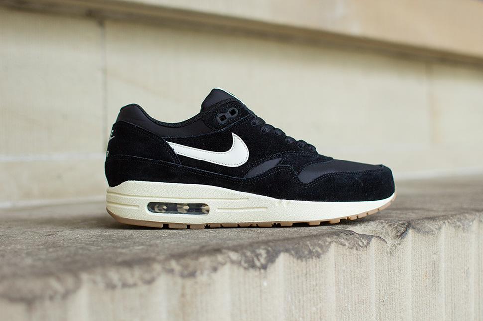 TODAYSHYPE: Nike Air Max 1 Essential Black & Gum