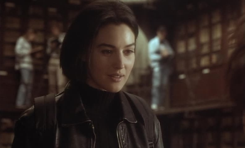 Movie and TV Cast Screencaps: Monica Bellucci as Lisa in L ...