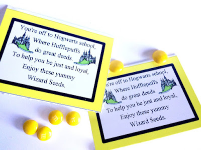 Show your house pride with these Harry Potter wizard seeds bag topper. With a unique and fun poem showing your Hogwarts pride, your favorite Harry Potter fan will be thrilled to show their true colors whether they be Ravenclaw, Hufflepuff, Slytherin, or Gryffindor.