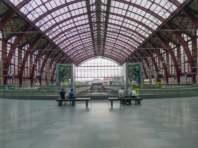 Gare d'Anvers