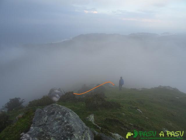 Ruta al Pico Gobia y La Forquita: Bajando del Pico Gobia a la Forquita