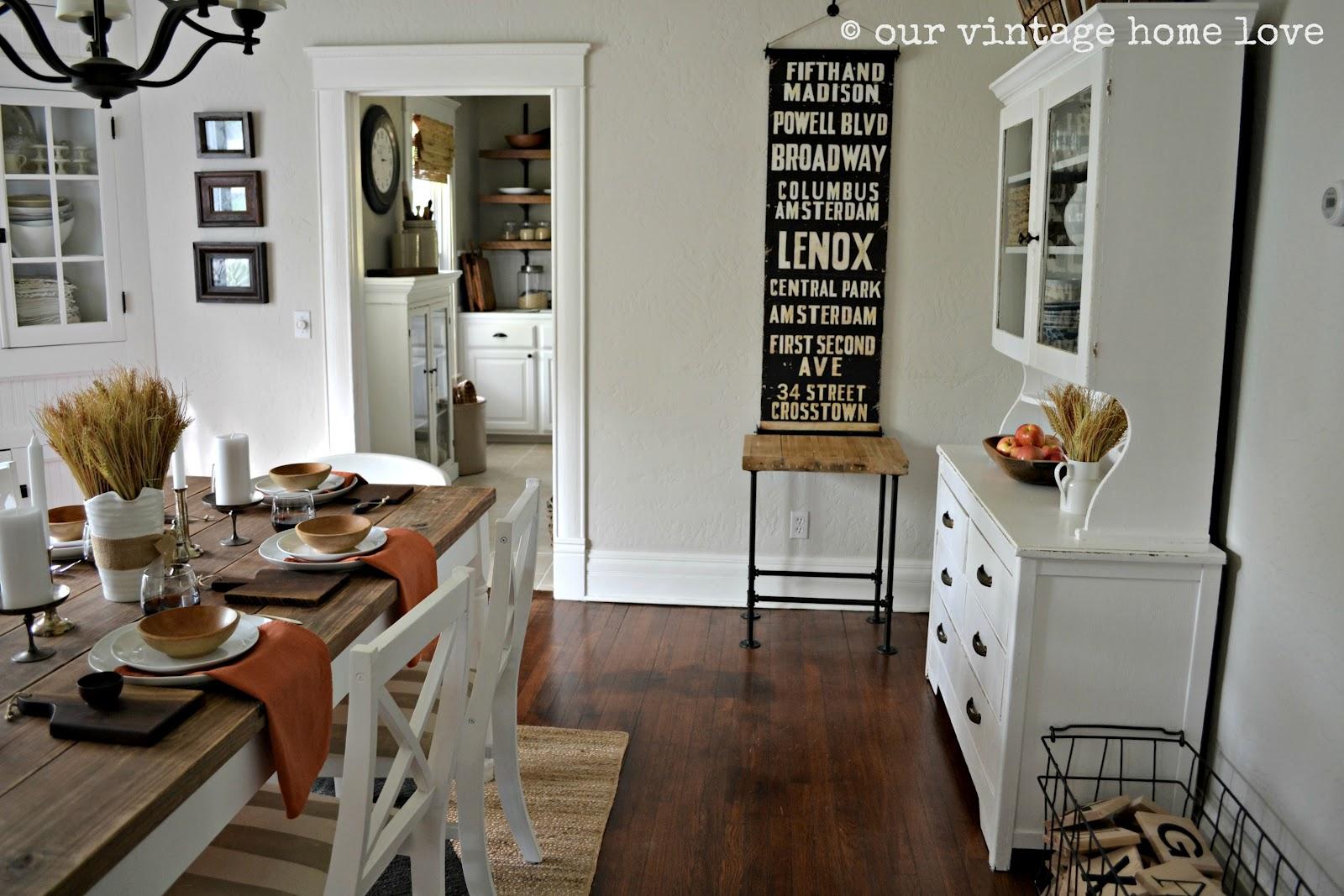vintage home love Autumn Table Decor and a Vintage