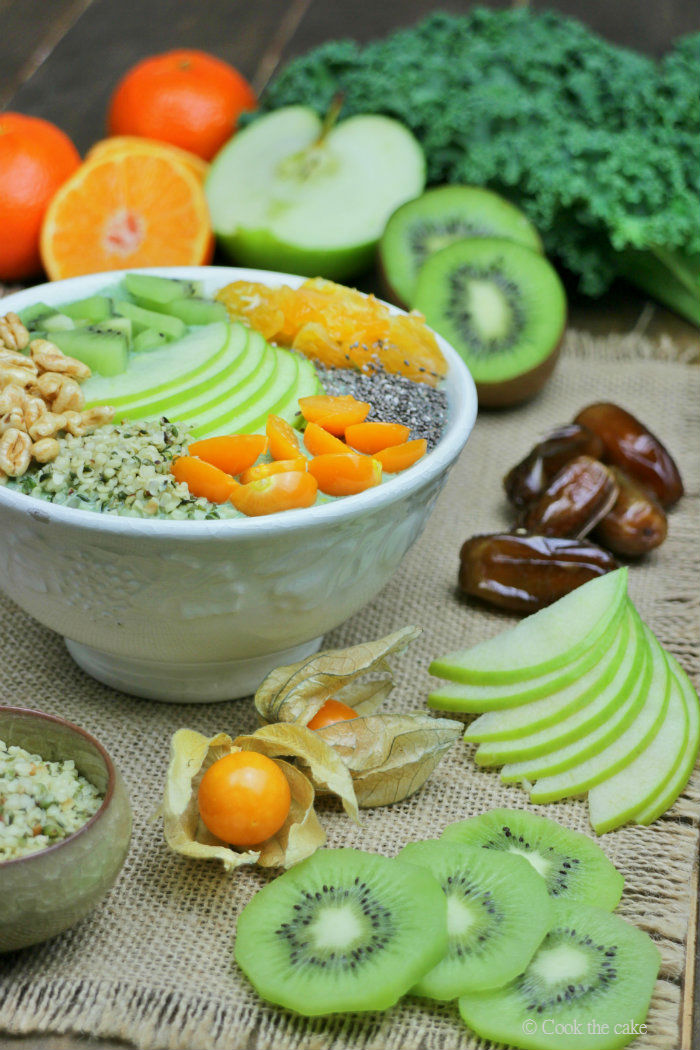 smoothie-bowl, seeds-green-smoothie-bowl