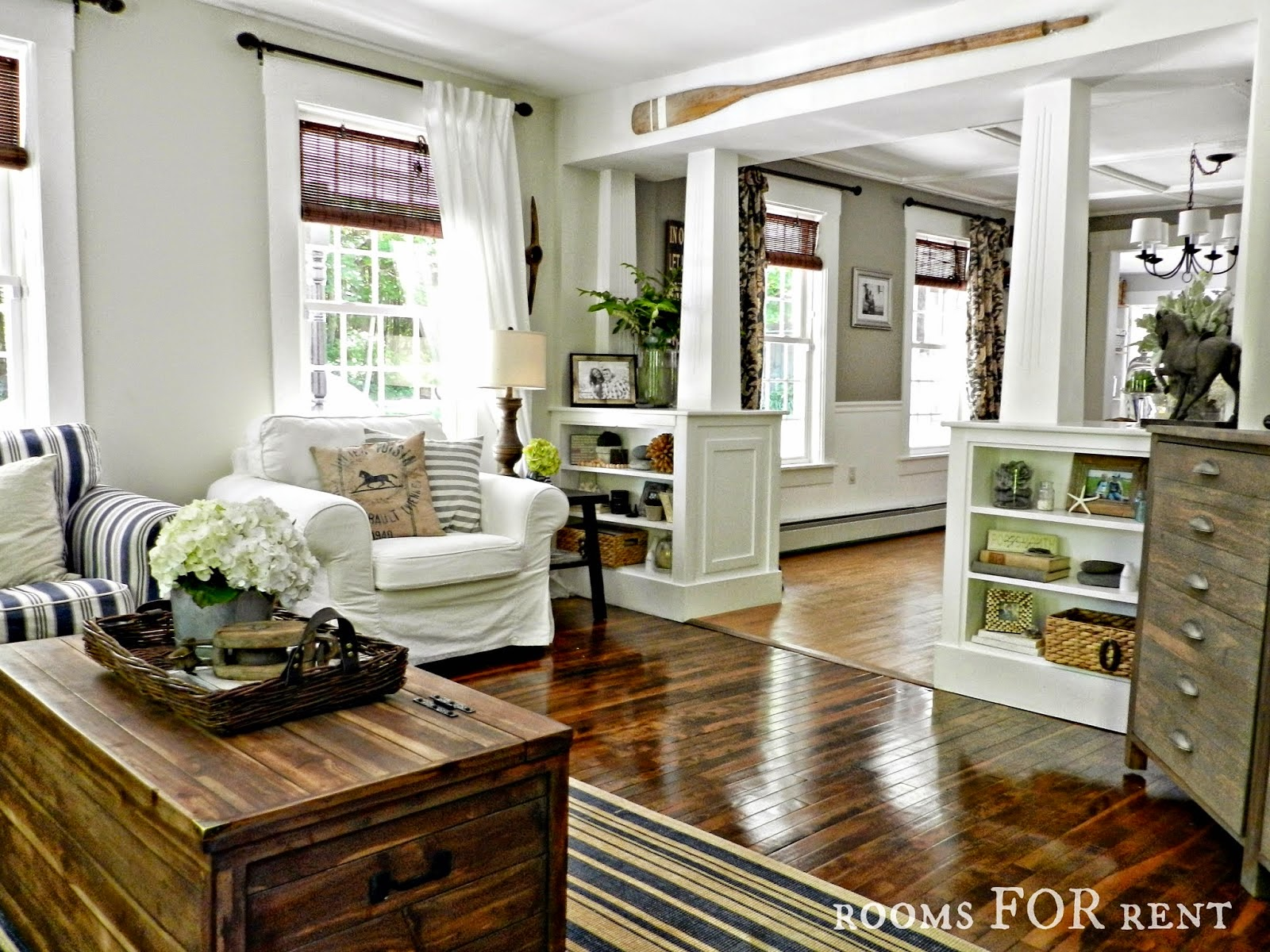 Designdreams by anne open house sundays 17 rooms for rent for Family room columns