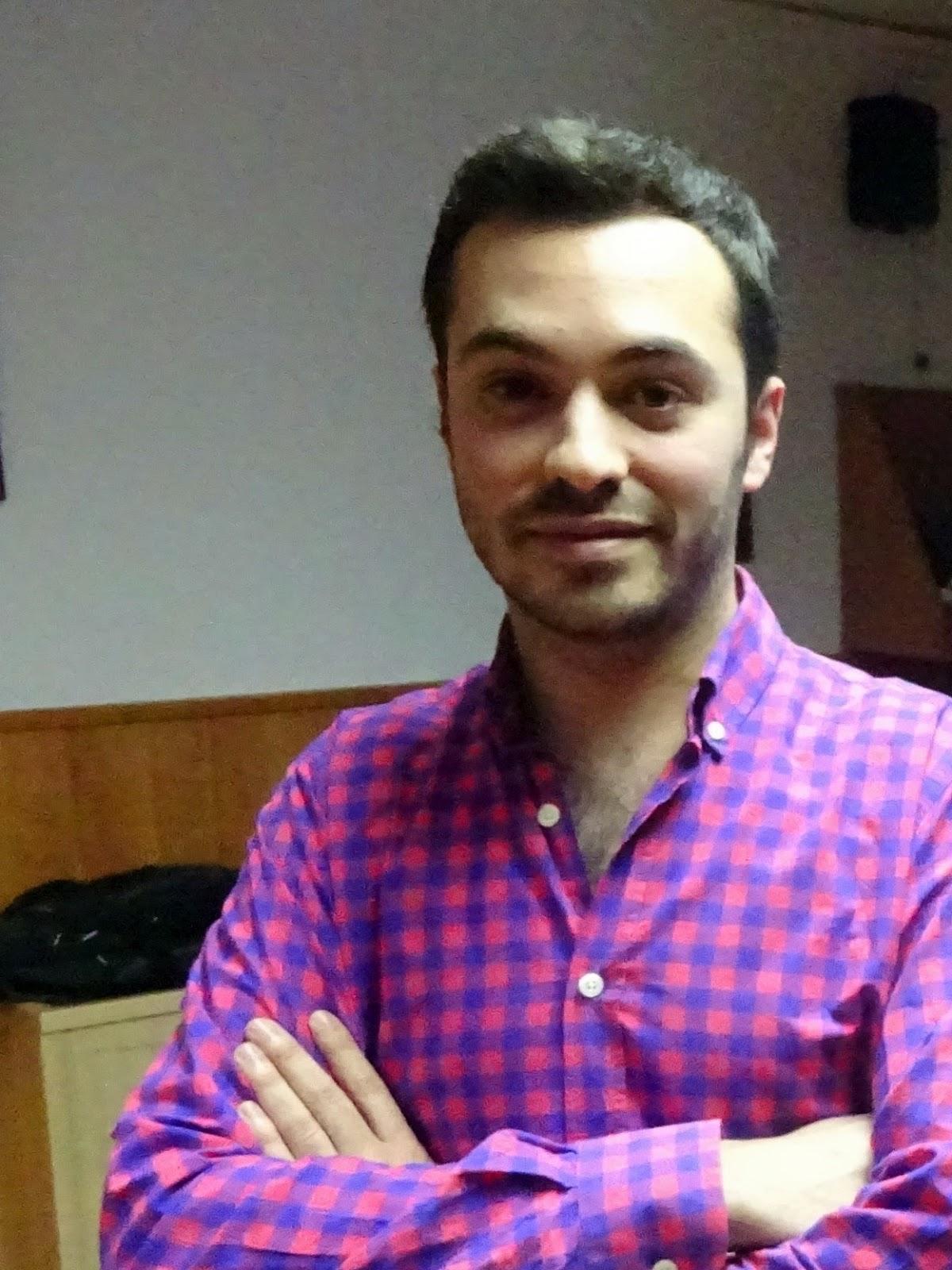 JÓDAR COFRADE: Álvaro Abril, nuevo vestidor de la Virgen de la Esperanza