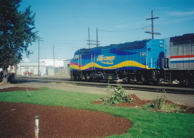 Amtrak F40PH #354 in Vancouver, Washington, in July, 1999