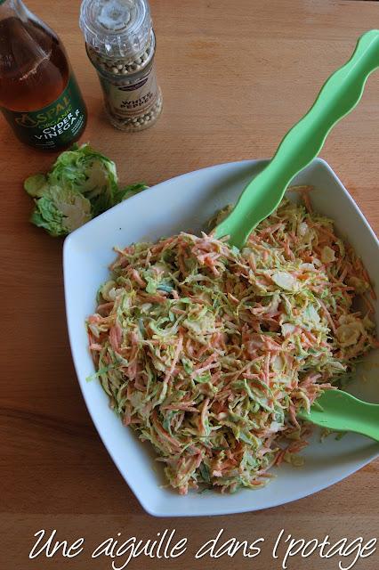 salade Coleslaw aux choux de Bruxelles