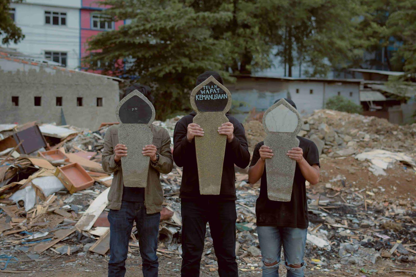 Kepada suasana berkabung untuk manusia yang kehilangan kemanusiaannya, DKTMI rilis