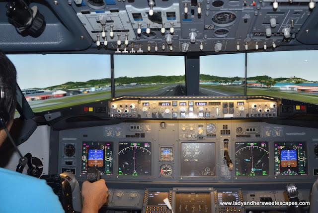 Flight Simulator experience in Dubai